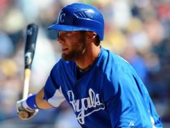 Royals left fielder Alex Gordon signed a $37.5 million contract with Kansas City through the 2016 season.