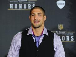 Brendan Schaub used to play in the NFL.