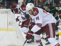 Pheonix forward Taylor Pyatt scored two goals in the Coyotes' 4-1 victory over the Minnesota Wild on Saturday at Minneapolis.