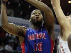Detroit Pistons center Greg Monroe (10) had 25 points and 11 rebounds in the Piston's 109-85 trouncing of the Charlotte Bobcats.