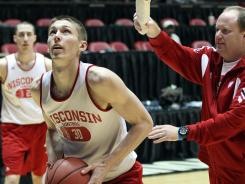 Wisconsin's Jarrod Uthoff was cleared to transfer to a program outside the Big Ten Conference.