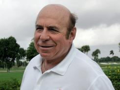 Miami Dolphins kicker Garo Yepremian says he suffers from symptoms related to concussions sustained during his playing career.