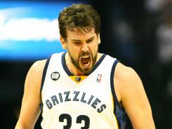 Marc Gasol had 23 points and seven rebounds as the Grizzlies staved off elimination