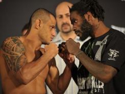 Daniel Straus, right, defeated Marlon Sandro at Bellator 68.