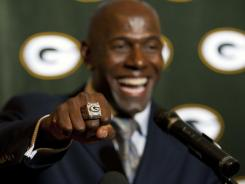 A 2011 Super Bowl ring, here worn by Packers wide receiver Donald Driver, owned by a Green Bay team employee is in Pawn America's possession, causing a Twitter frenzy.