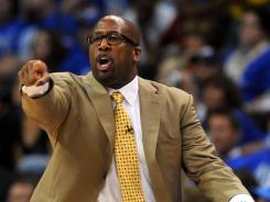 Los Angeles Lakers head coach Mike Brown yells to his team in action against the Oklahoma City Thunder during the second half in Game 1 of the Western Conference semifinals on Monday.