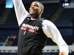 Cincinnati forward Octavius Ellis averaged 2.3 points and 1.7 rebounds last season.