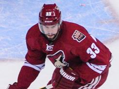 Phoenix Coyotes defenseman Adrian Aucoin is expected to return to the lineup in Game 4.
