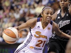 Renee Montgomery scored 23 points to help the Sun remain unbeaten on the season.