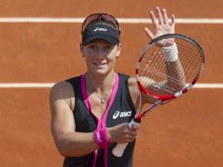Samantha Stosur of Australia rolls into the French Open semifinals Tuesday with a 6-4, 6-1 victory against Dominika Cibulkova of Slovakia.