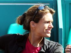 Two-time Grand Slam champ Amelie Mauresmo signed on to work, at least temporarily, with world No. 1 Victoria Azarenka, but she is one of the few female coaches working with WTA players.