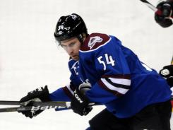 David Jones, who had 20 goals and 17 assists for the Avalanche this season, signed a four-year, $16 million contract with the team on Thursday.