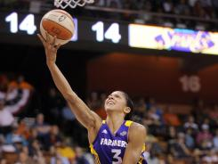 Candace Parker is averaging 18.7 points and 9.1 rebounds per game this season.