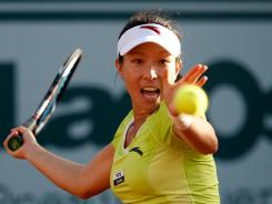 "Jie Zheng reached the semifinals of Wimbledon in 2008 and is having a successful warm-up to this year's tournament. ""I really like to play on grass,"" Zheng said."