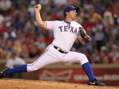 Roy Oswalt helped the Rangers win their seventh consecutive game.