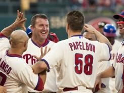 Pay the man: After Jonathan Papelbon offered a $5,000 reward for a walk-off homer, Jim Thome happily delivered.