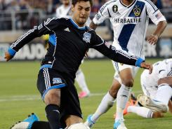 Chris Wondolowski's goal in the 61st minute capped the scoring as the Earthquakes overcame a 3-1 deficit.