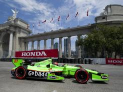 James Hinchcliffe will start ninth in Sunday's Honda Indy Toronto at the Exhibition Place street course in Toronto.