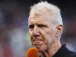 Bill Walton returns to ESPN/ABC as an announcer starting Monday.