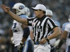 NFL official Ed Hochuli thinks the league is headed in the wrong direction dealing with the referees association.