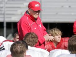 St. John's (Minn.) coach John Gagliardi has 484 victories during his long career.