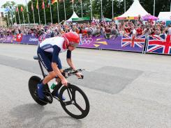 ORG XMIT: 148073254 LONDON, ENGLAND - AUGUST 01: Bradley Wiggins of Great Britain in action during the Men's Individual Time Trial Road Cycling on day 5 of the London 2012 Olympic Games on August 1, 2012 in London, England. (Photo by Alex Livesey/Getty Images) ORIG FILE ID: 149622439