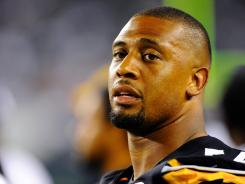 Pittsburgh Steelers linebacker LaMarr Woodley, who played at Saginaw High, has donated $60,000 to help Sagninaw, Mich., athletes pay high school sports fees.