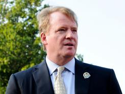 "In a declaration filed Thursday, NFL Commissioner Roger Goodell stated he agreed in a phone conversation with union chief DeMaurice Smith ""to address discipline of the club and non-player employees and then to afford the NFLPA a reasonable opportunity to conduct its own investigation and express its views before I imposed discipline on the players."""