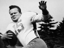 In this 1947 file photo, Steve Van Buren of the Philadelphia Eagles poses. Van Buren, the Hall of Fame running back who led the Philadelphia Eagles to NFL titles in 1948 and 1949, has died. He was 91.