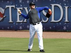 Roger Clemens is scheduled to pitch Saturday for the Sugar Land Skeeters against the Bridgeport Bluefish in the independent Atlantic League.