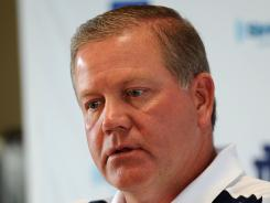 Notre Dame coach Brian Kelly is on the hot seat this season, according to columnist Mike Lopresti.