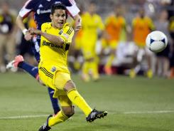 Columbus Crew forward Jairo Arrieta scores the game-winning goal in the 86th minute.