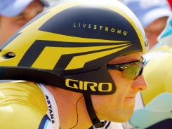 Lance Armstrong's foundation reports a recent increase in donations.