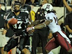 South Carolina's D.J. Swearinger appeared to make early contact while defending Vanderbilt receiver Jordan Matthews on fourth down late in the fourth quarter Thursday.