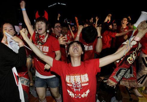 Seorang Penonton Piala Dunia Meninggal di China, Ini Dia Peringatan Untuk Kita!