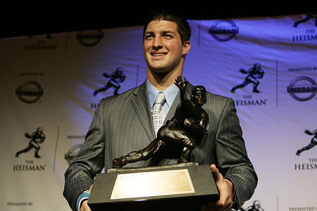 http://i.usatoday.net/sports/gallery/day/migrated-media/s071208_tebow.jpg