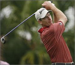 The No. 2 player in the world rankings, Jim Furyk, will play in the Honda Classic.