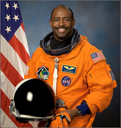 Leland Melvin is the only astronaut that is a former professional athlete.