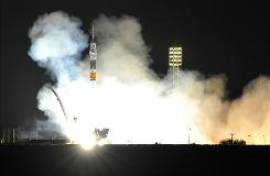 A Russian Soyuz TMA-19 rocket with US astronauts Doug Wheelock, Shannon Walker and Russian cosmonaut Fyodor Yurchikhin blasts off from Kazakhstan's Russian-leased Baikonur cosmodrome on June 16, 2010 on its way to the International Space Station.