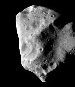 This photo, provided by the European Space Agency (ESA) on July 10, 2010 shows the asteroid Lutetia shot by the comet chaser Rosetta. The European Space Agency has taken the closest look yet at asteroid Lutetia in an extraordinary quest some 280 million miles in outer space between Mars and Jupiter.