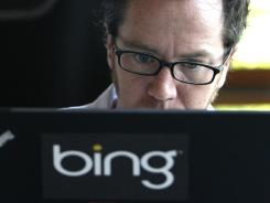 By working with food review site Yelp, Bing hopes to compete with a partnership between Google and Zagat.