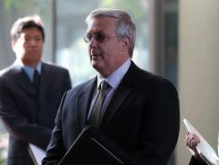 Apple general counsel Bruce Sewell in court on Monday in San Jose, Calif.