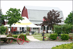 The rustic Vizcarra Winery at Becker Farms in Gasport, N.Y. specializes in fruit wines.