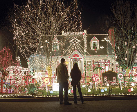 "Let there be ""Tacky Light"": The Richmond, Va., residence of Al Thompson, with 17,000 lights and 150-painted figures, is a gawker's paradise."