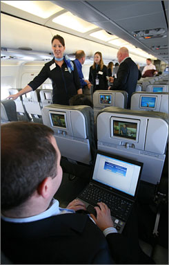 JetBlue will start offering free online messaging services on one of its planes next week, making it the first U.S. airline to offer in-flight connectivity.