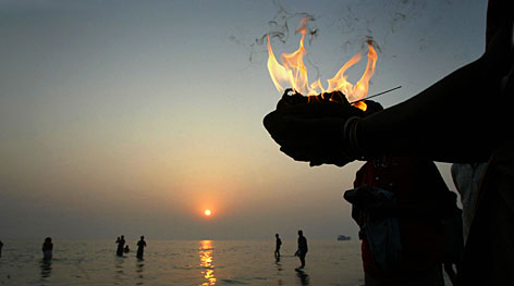 Thousands  of Hindu pilgrims arrived from across South Asia for a dip in the sea at Gangasagar, the confluence of the river Ganges and Bay of Bengal sea, during the Makar Sankranti festival.