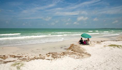 "Florida's Caladesi Island State Park beat out beaches in Hawaii, along the Eastern Seaboard and in California to take the top spot on ""Dr. Beach's"" annual list."