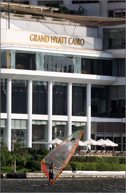 After a compromise with the hotel's Saudi owner, the Grand Hyatt in Cairo is once again serving alcohol to guests.