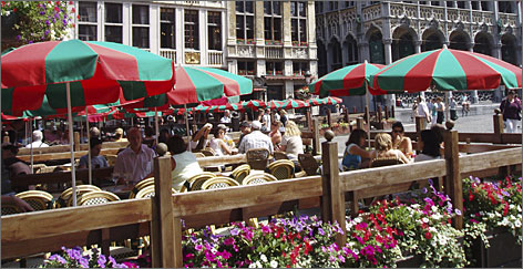 Under new regulations, only red and green awnings and parasols will be allowed in the area around Brussels' central square.