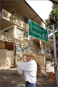 "Jack Christenson, who has long offered tours around Honolulu, said he started his Obama neighborhood excursion so tourists can go to ""the place where it happened. That brings reality to it."""